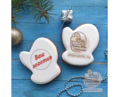 Пряник «Варежка маленькая новогодняя с логотипом»