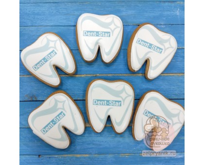 Пряник «Зуб с логотипом»
